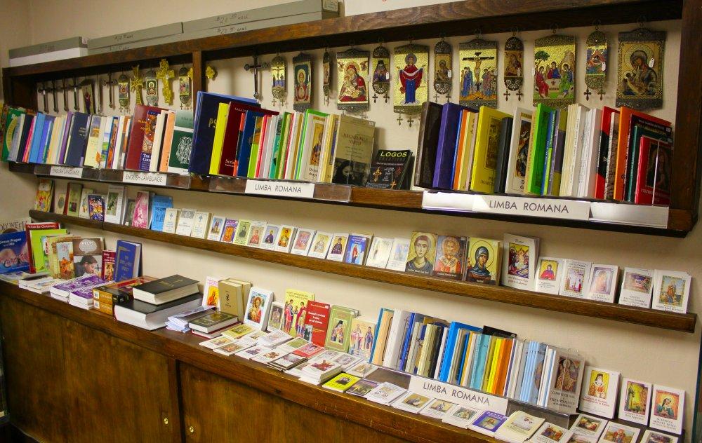 Bookstore1a